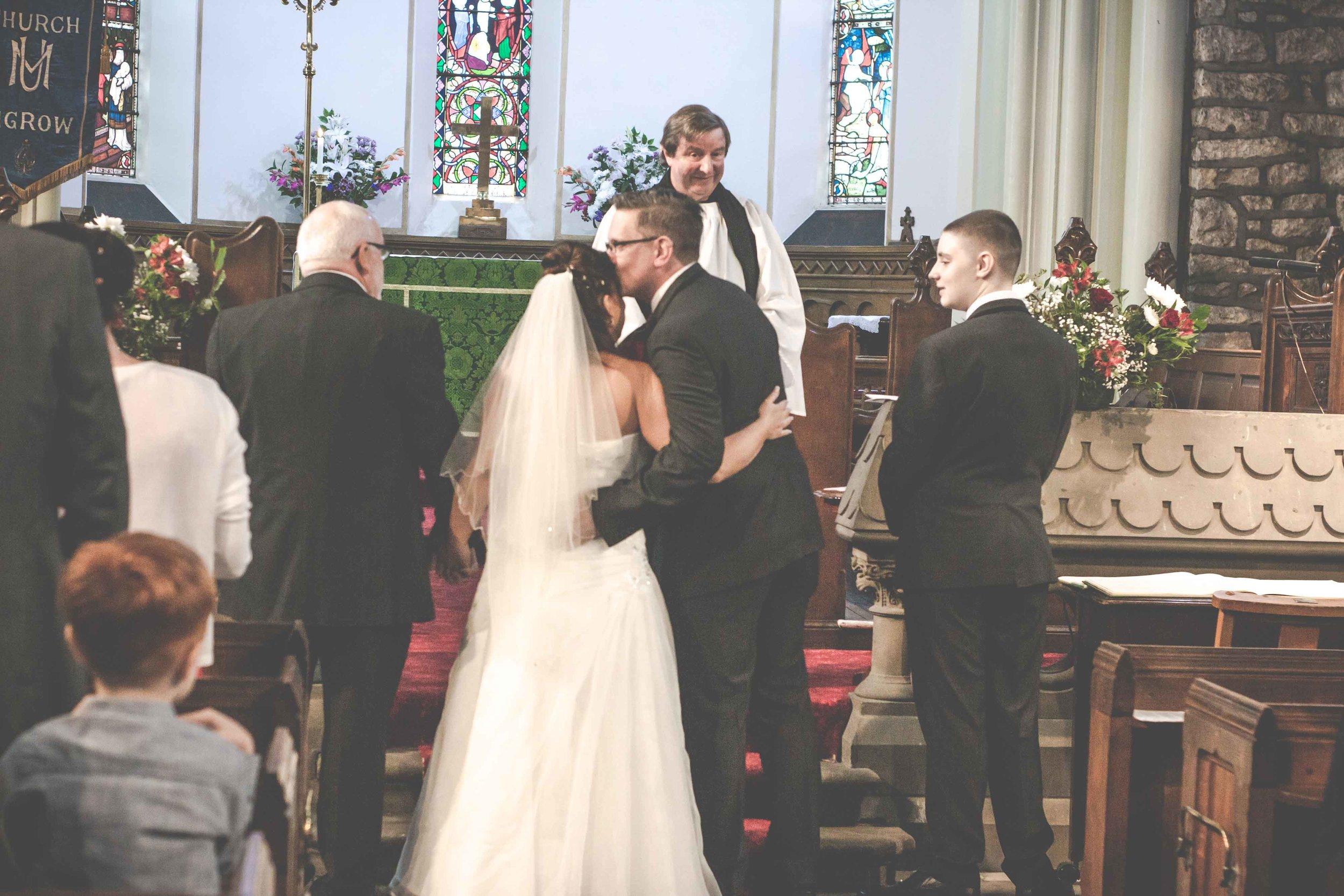st-johns-ingrow-keighley-wedding-photos-12