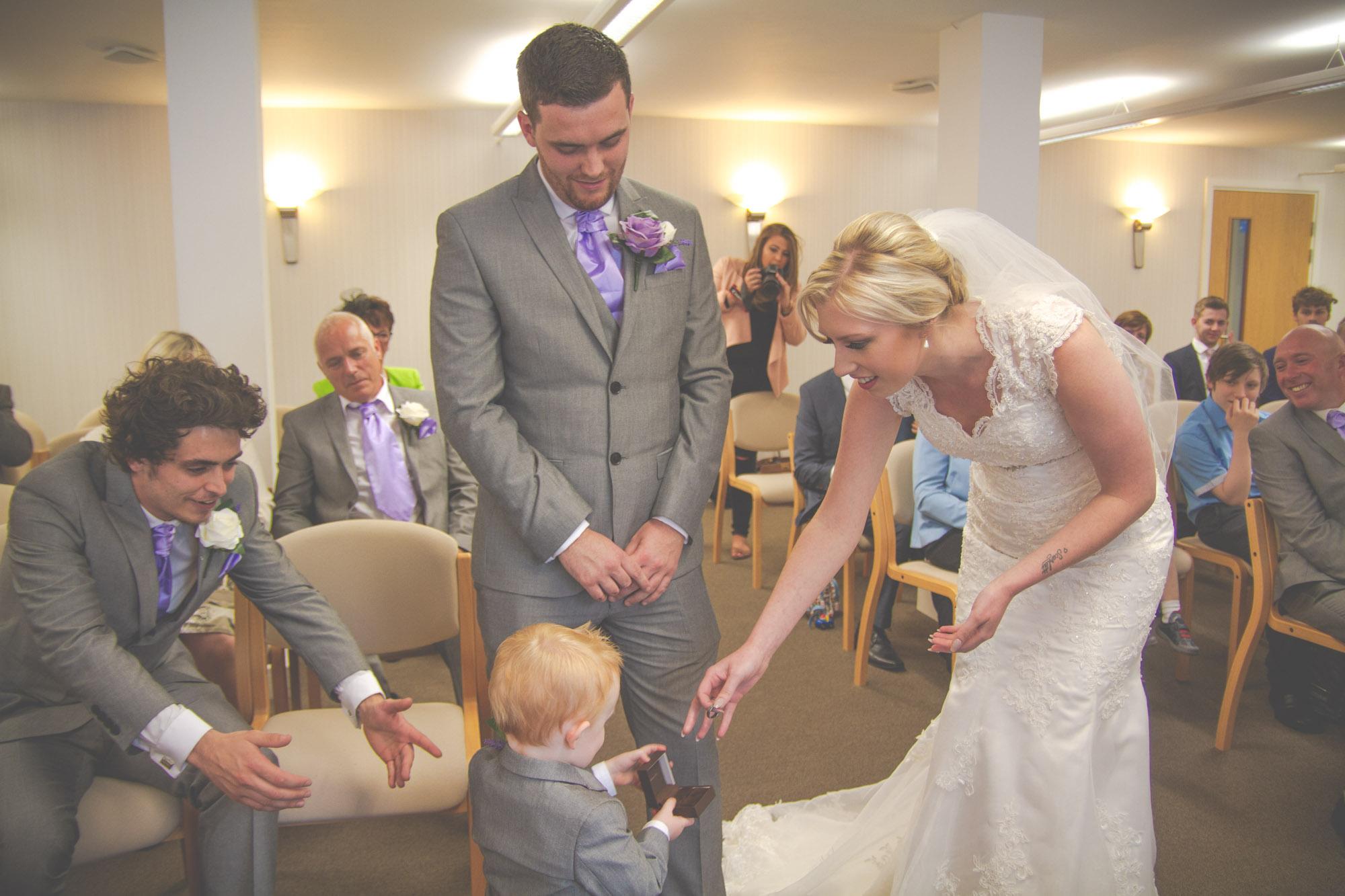 skipton-registry-office-wedding-photography-26.jpg