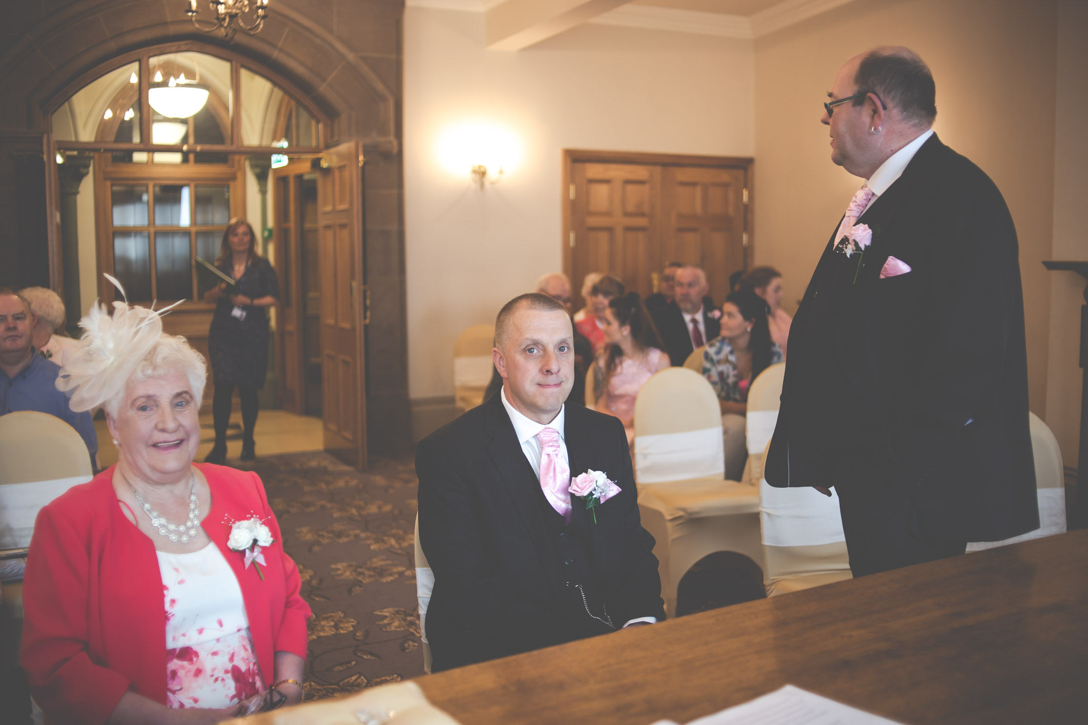 bradford-wedding-photographer-bradford-registry-office-02