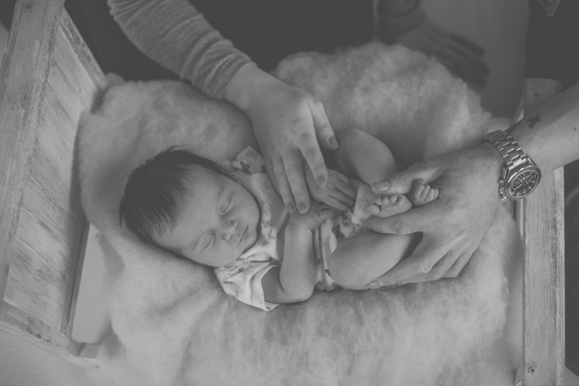 newborn-baby-family-photo-bradford-west-yorkshire-chicca-photography-11.jpg