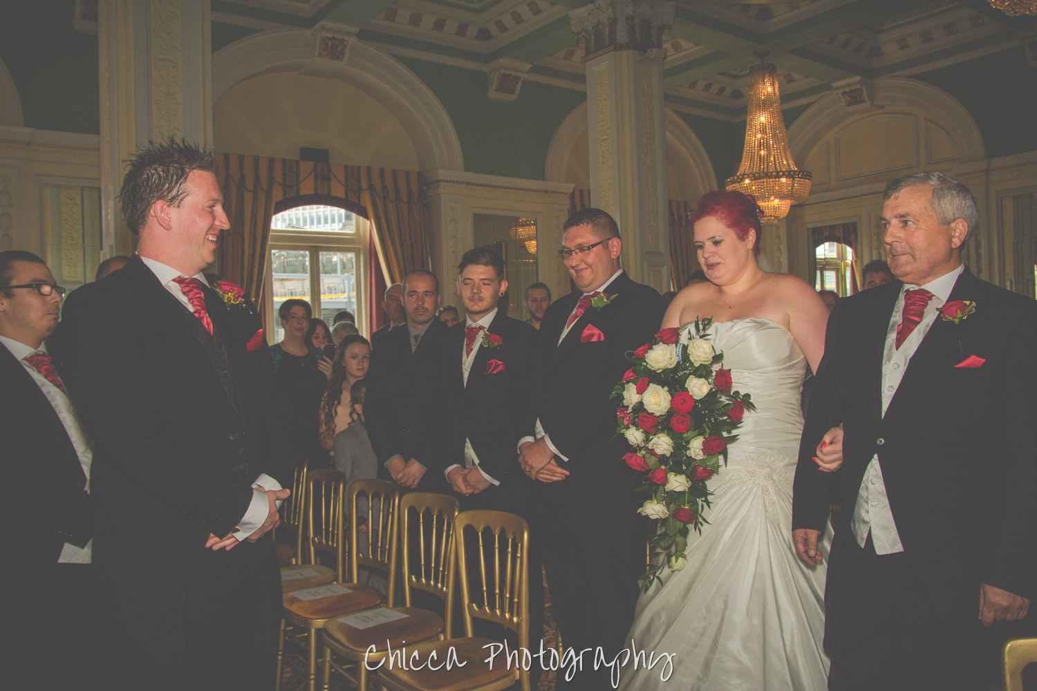 midland-hotel-bradford-wedding-photography-chicca-4.jpg