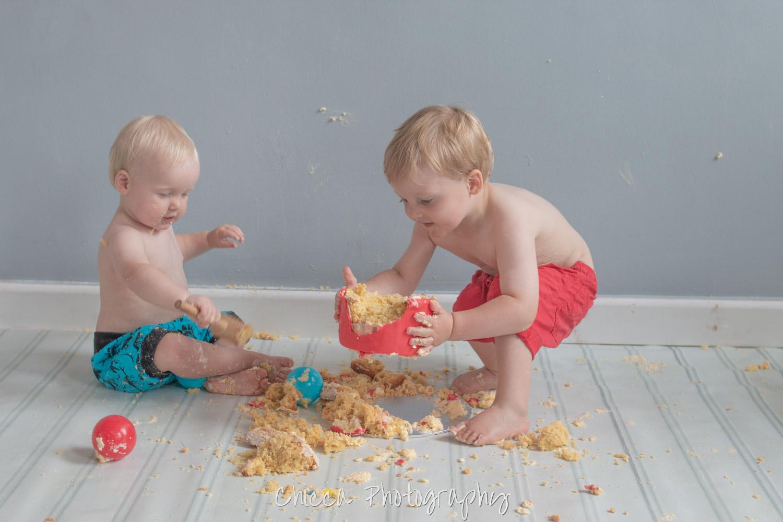 baby-child-cake-smash-photos-keighley-skipton-28.jpg