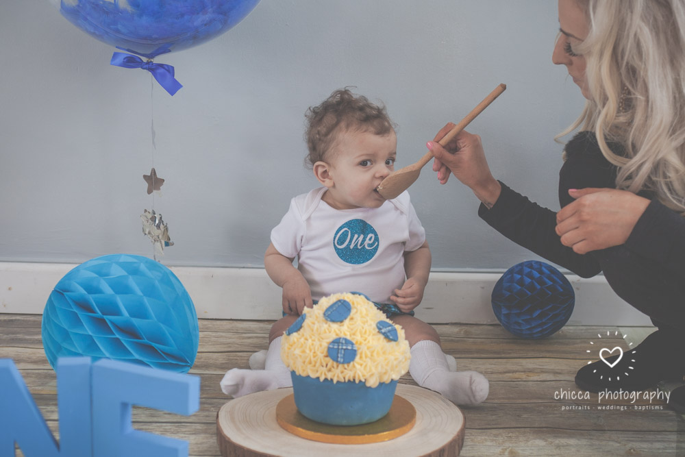 keighley-cake-smash-baby-photo-shoot-chicca-9.jpg