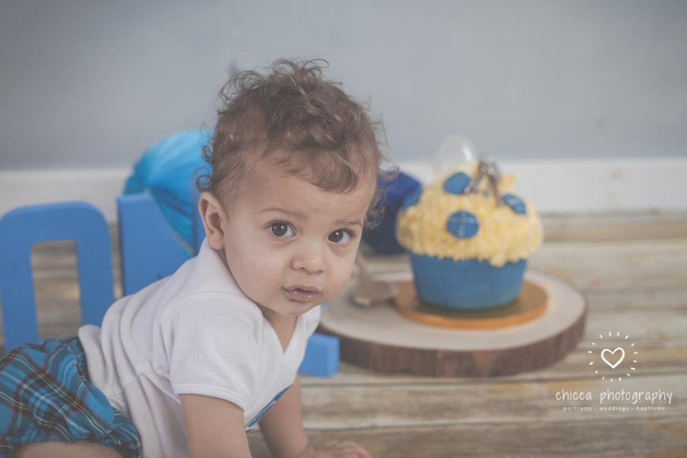 keighley-cake-smash-baby-photo-shoot-chicca-22.jpg