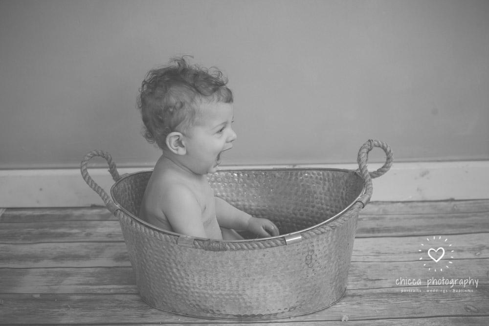 keighley-cake-smash-baby-photo-shoot-chicca-27.jpg