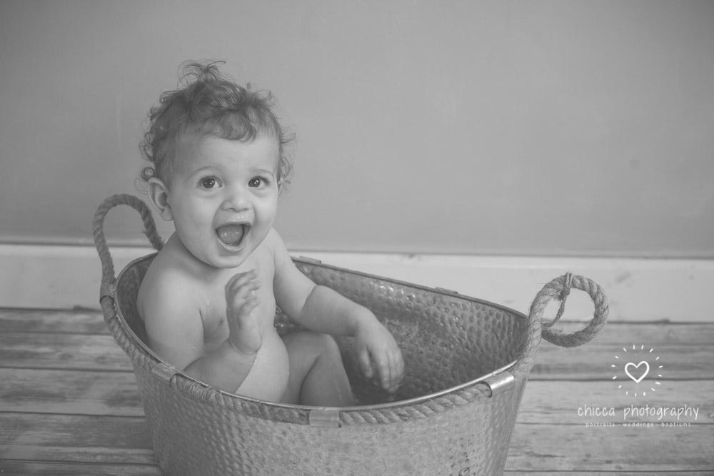keighley-cake-smash-baby-photo-shoot-chicca-29.jpg