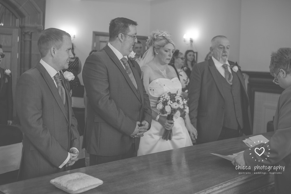 bradford-registry-office-calverley-golf-club-wedding-photography-chicca-1.jpg