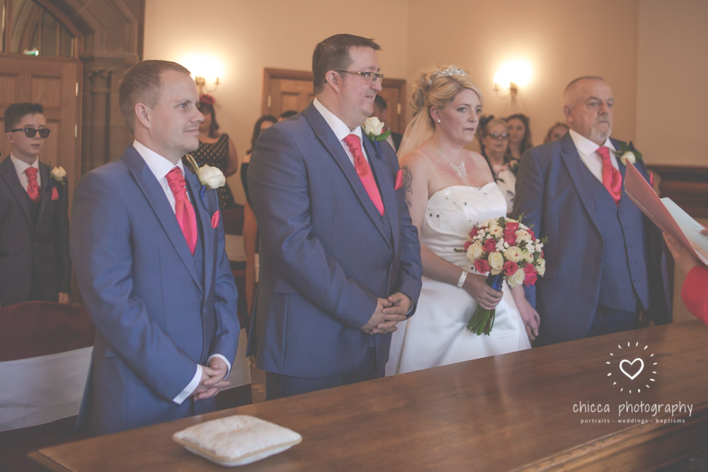 bradford-registry-office-calverley-golf-club-wedding-photography-chicca-2.jpg