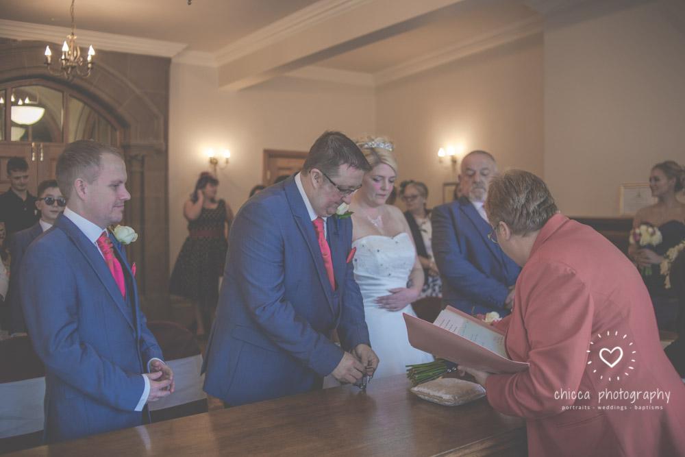 bradford-registry-office-calverley-golf-club-wedding-photography-chicca-3.jpg