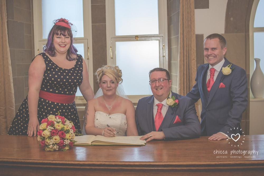 bradford-registry-office-calverley-golf-club-wedding-photography-chicca-7.jpg