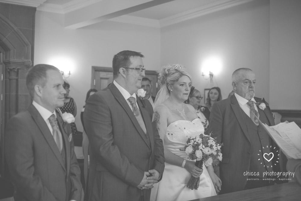 bradford-registry-office-calverley-golf-club-wedding-photography-chicca-40.jpg