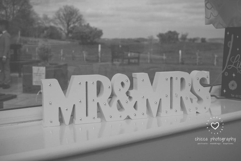 bradford-registry-office-calverley-golf-club-wedding-photography-chicca-70.jpg