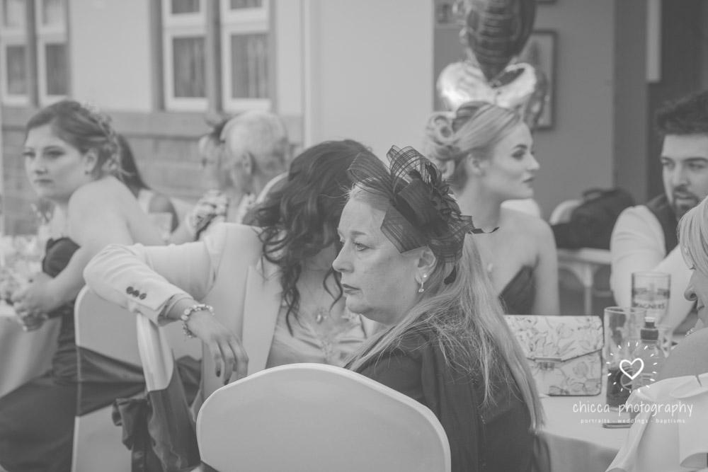 bradford-registry-office-calverley-golf-club-wedding-photography-chicca-27.jpg