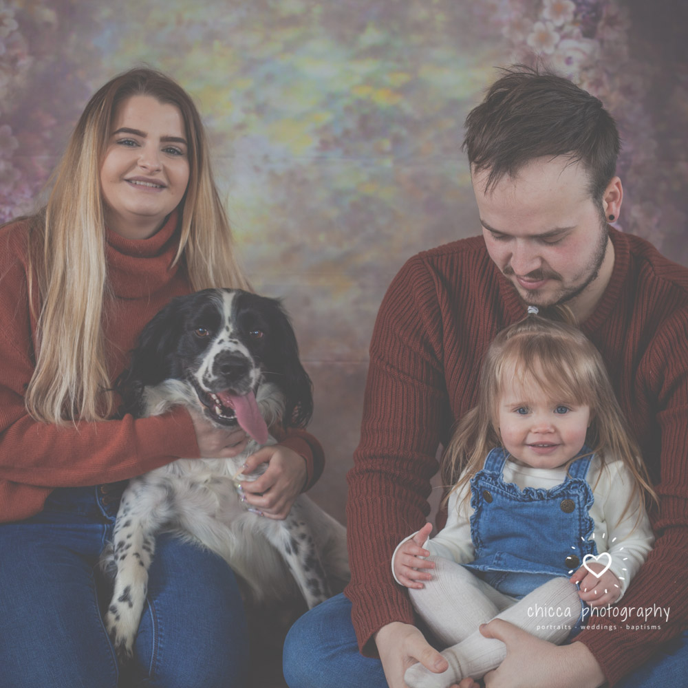 family-pet-dog-photo-shoot-keighley-chicca-1.jpg