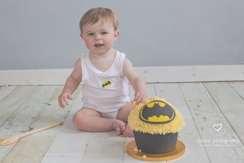 keighley-cake-smash-photo-shoot-baby-chicca-photo-4.jpg