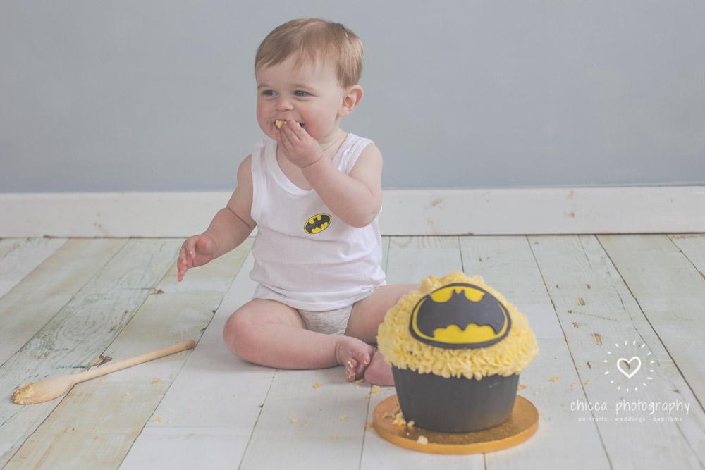 keighley-cake-smash-photo-shoot-baby-chicca-photo-5.jpg