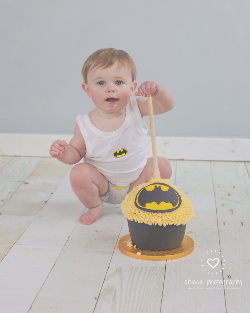 keighley-cake-smash-photo-shoot-baby-chicca-photo-10.jpg