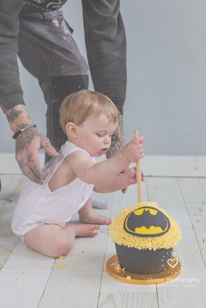 keighley-cake-smash-photo-shoot-baby-chicca-photo-11.jpg