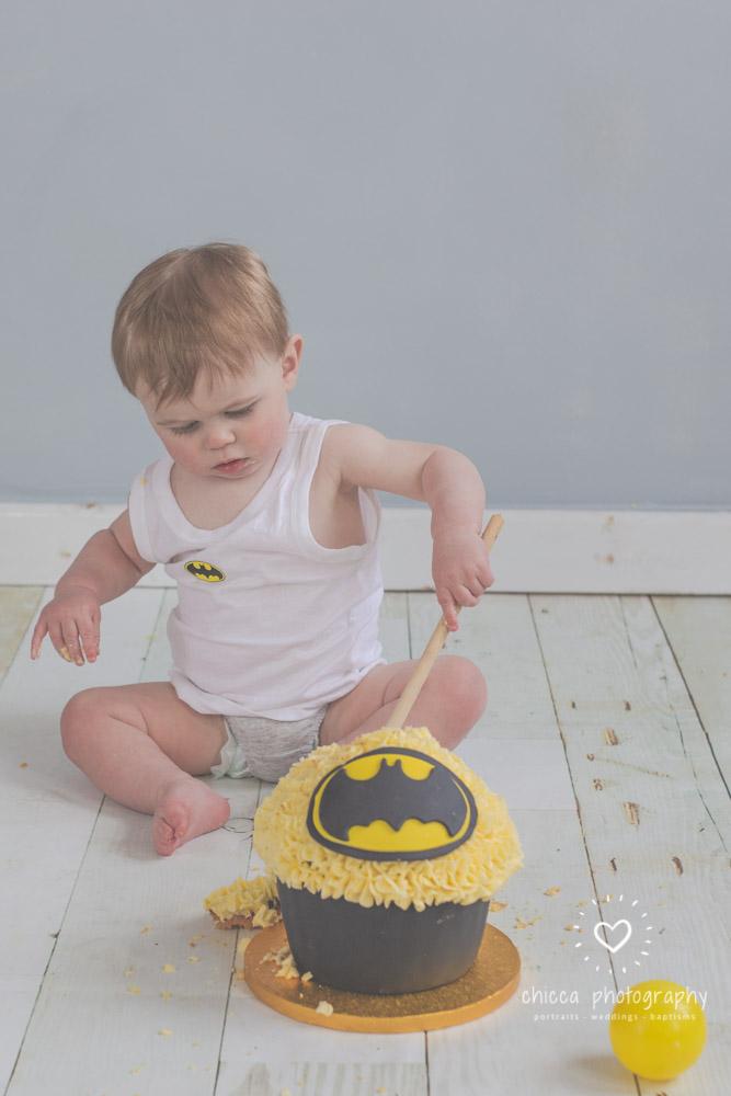 keighley-cake-smash-photo-shoot-baby-chicca-photo-12.jpg