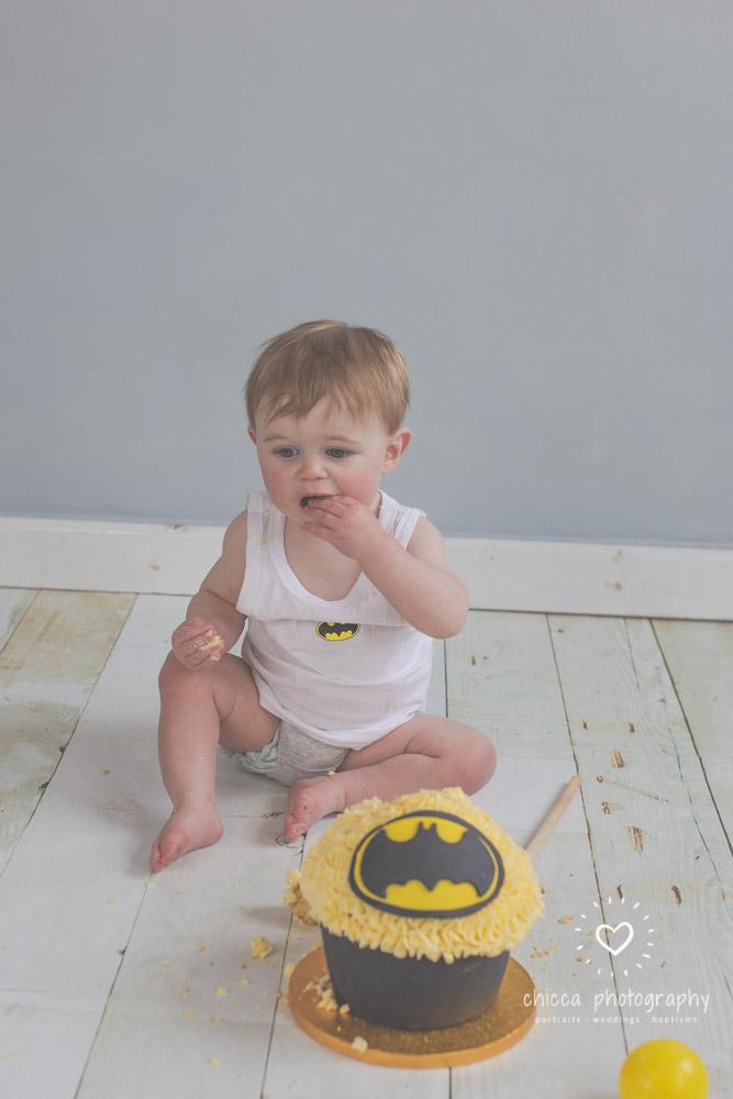 keighley-cake-smash-photo-shoot-baby-chicca-photo-13.jpg
