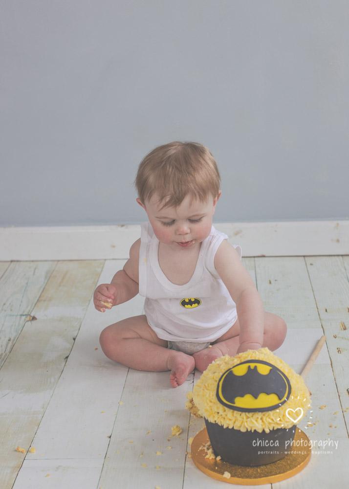 keighley-cake-smash-photo-shoot-baby-chicca-photo-14.jpg