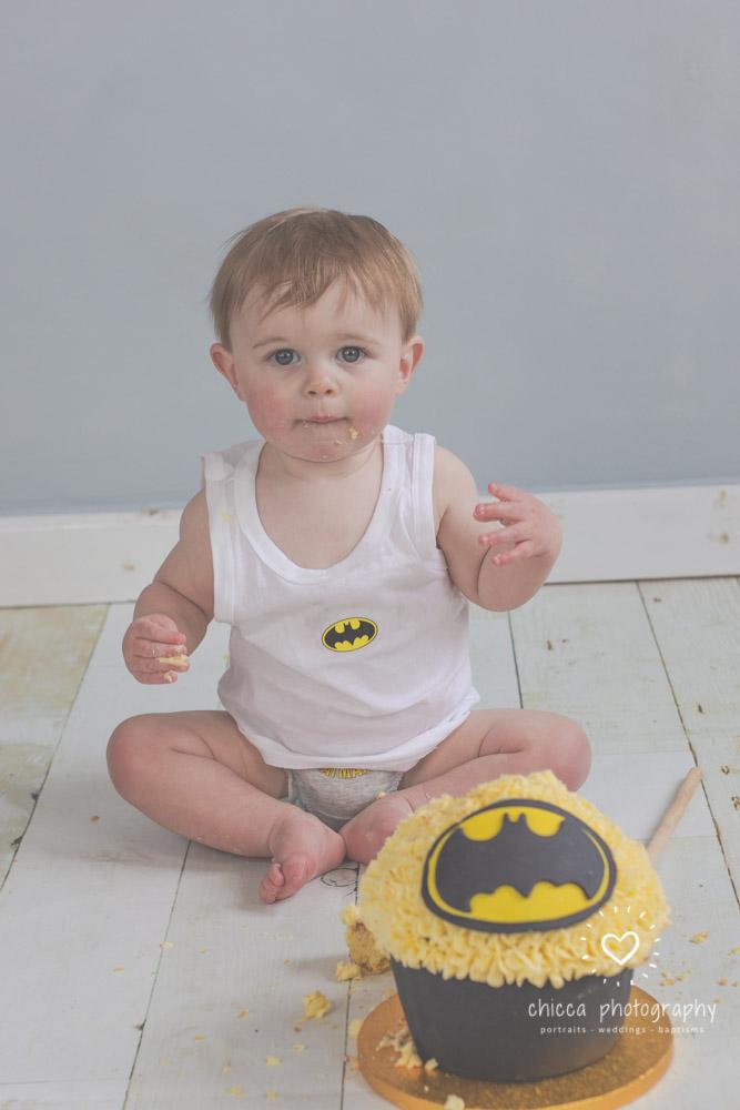 keighley-cake-smash-photo-shoot-baby-chicca-photo-15.jpg