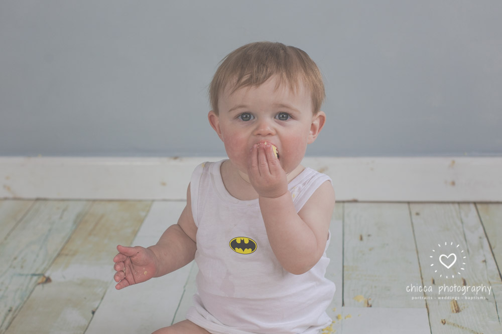 keighley-cake-smash-photo-shoot-baby-chicca-photo-24.jpg
