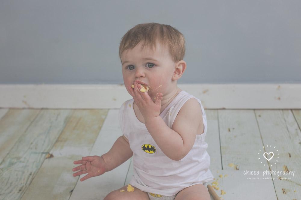keighley-cake-smash-photo-shoot-baby-chicca-photo-25.jpg