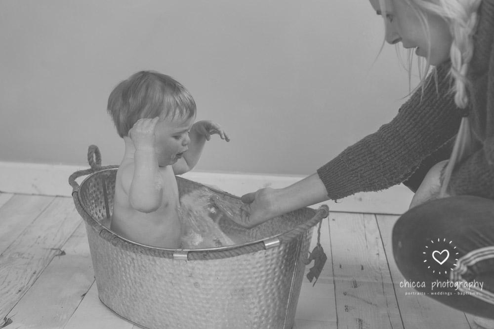keighley-cake-smash-photo-shoot-baby-chicca-photo-27.jpg