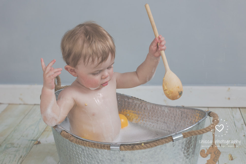keighley-cake-smash-photo-shoot-baby-chicca-photo-36.jpg