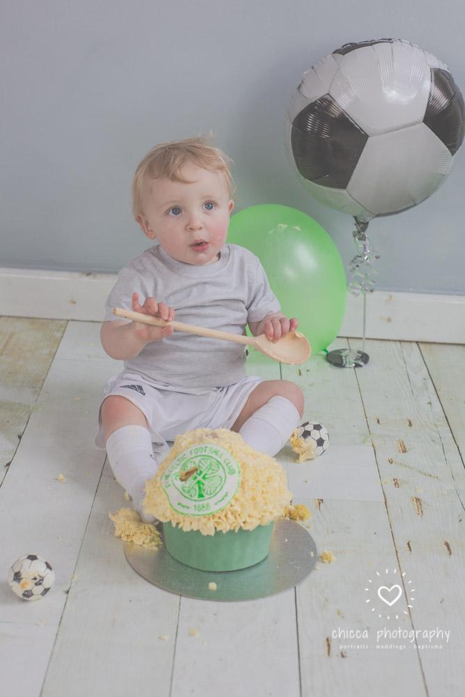 baby-photo-shoot-cake-smash-keighley-skipton-bradford-chicca-15.jpg