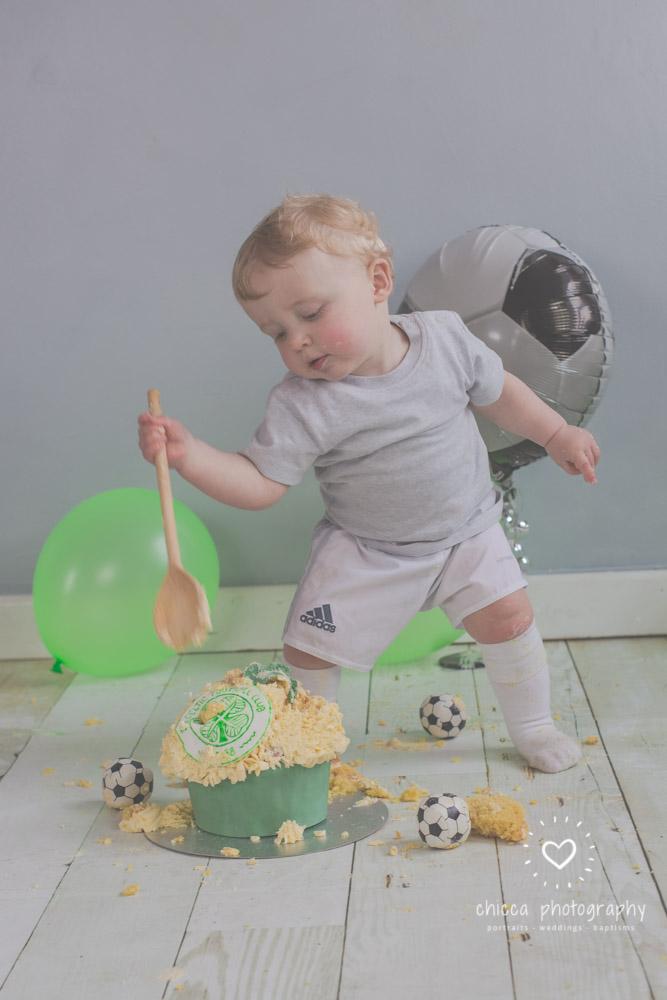 baby-photo-shoot-cake-smash-keighley-skipton-bradford-chicca-27.jpg