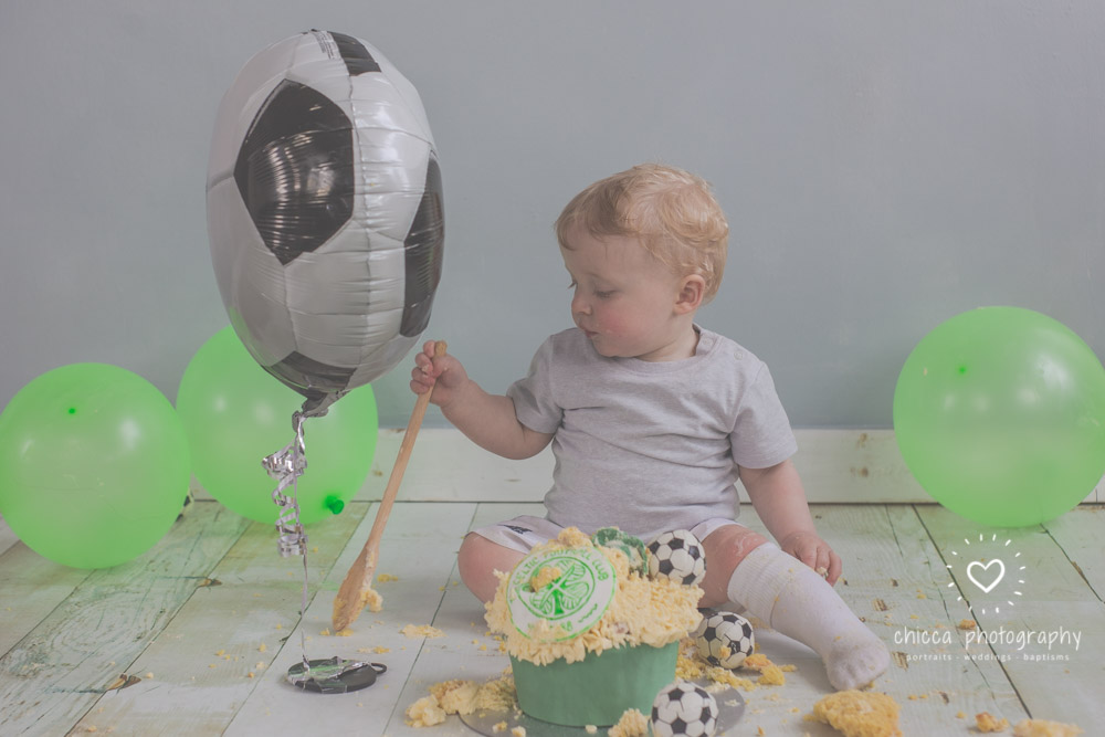 baby-photo-shoot-cake-smash-keighley-skipton-bradford-chicca-28.jpg