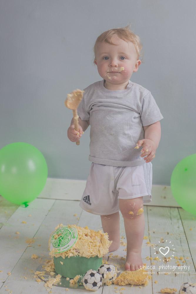 baby-photo-shoot-cake-smash-keighley-skipton-bradford-chicca-30.jpg