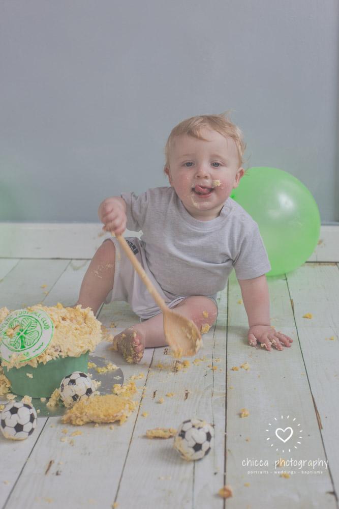 baby-photo-shoot-cake-smash-keighley-skipton-bradford-chicca-32.jpg