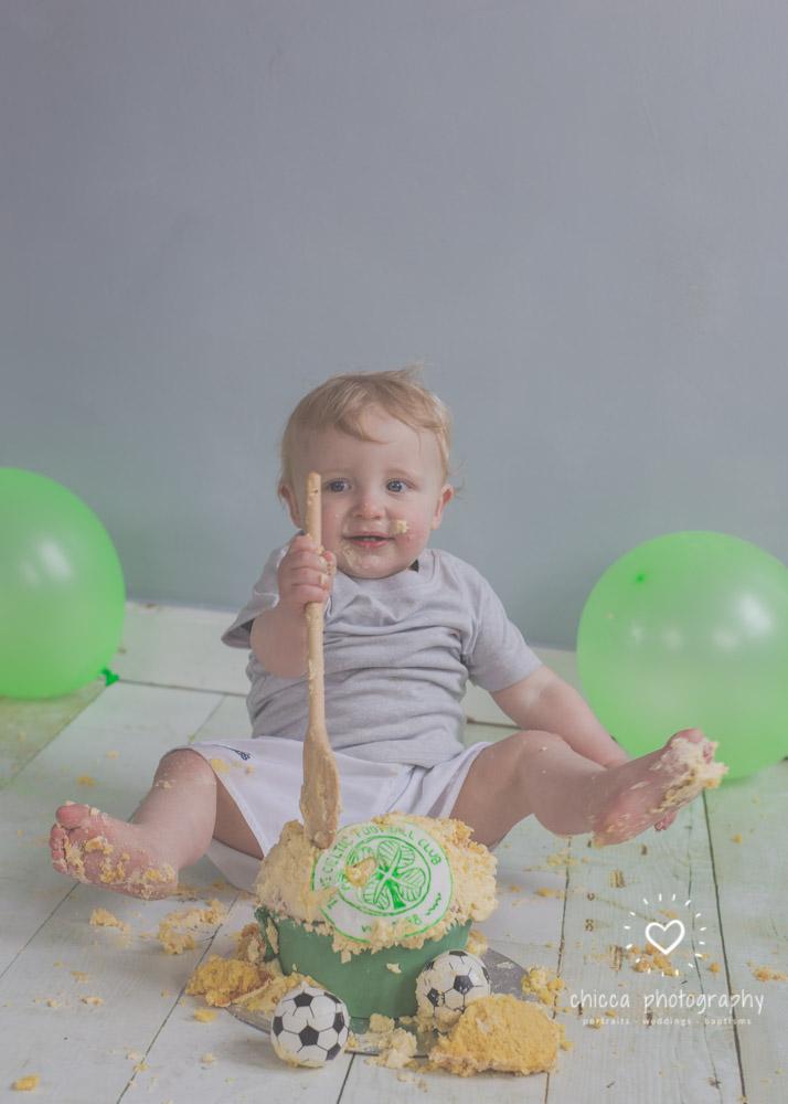 baby-photo-shoot-cake-smash-keighley-skipton-bradford-chicca-33.jpg