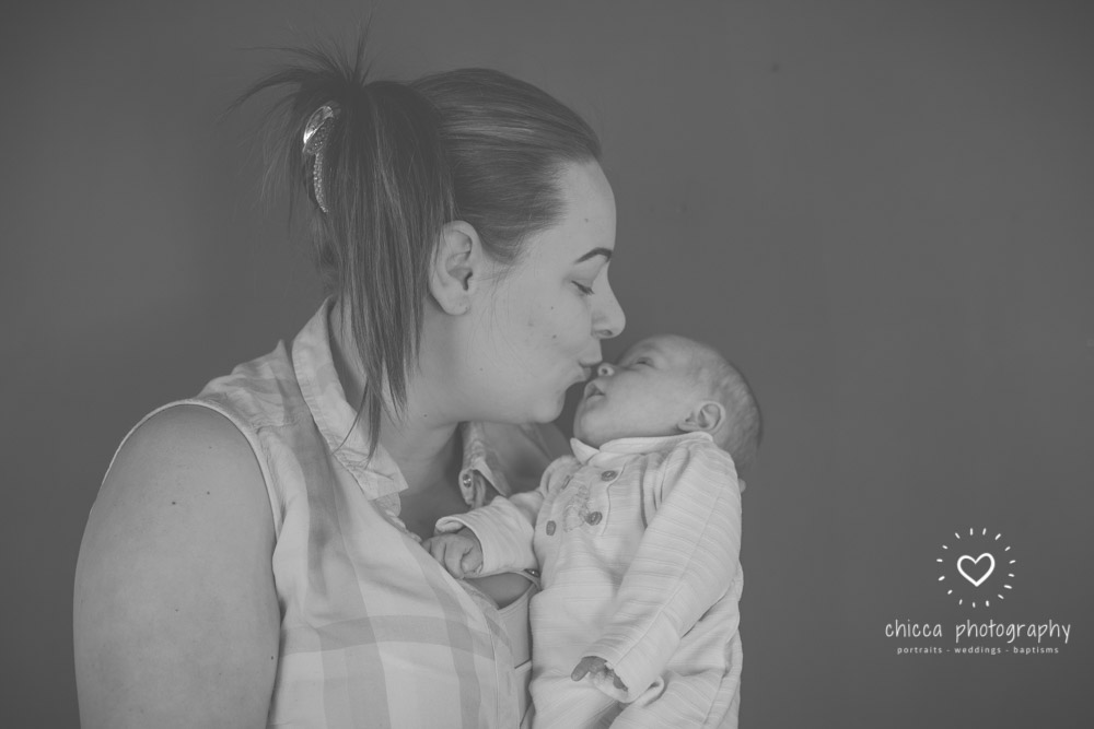 baby-family-child-photo-shoot-keighley-bradford-skipton-chicca-19.jpg