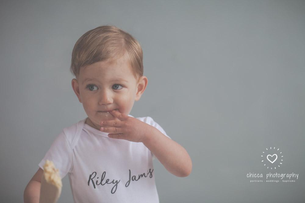 keighley-cake-smash-photo-shoot-bradford-skipton-chicca-5.jpg