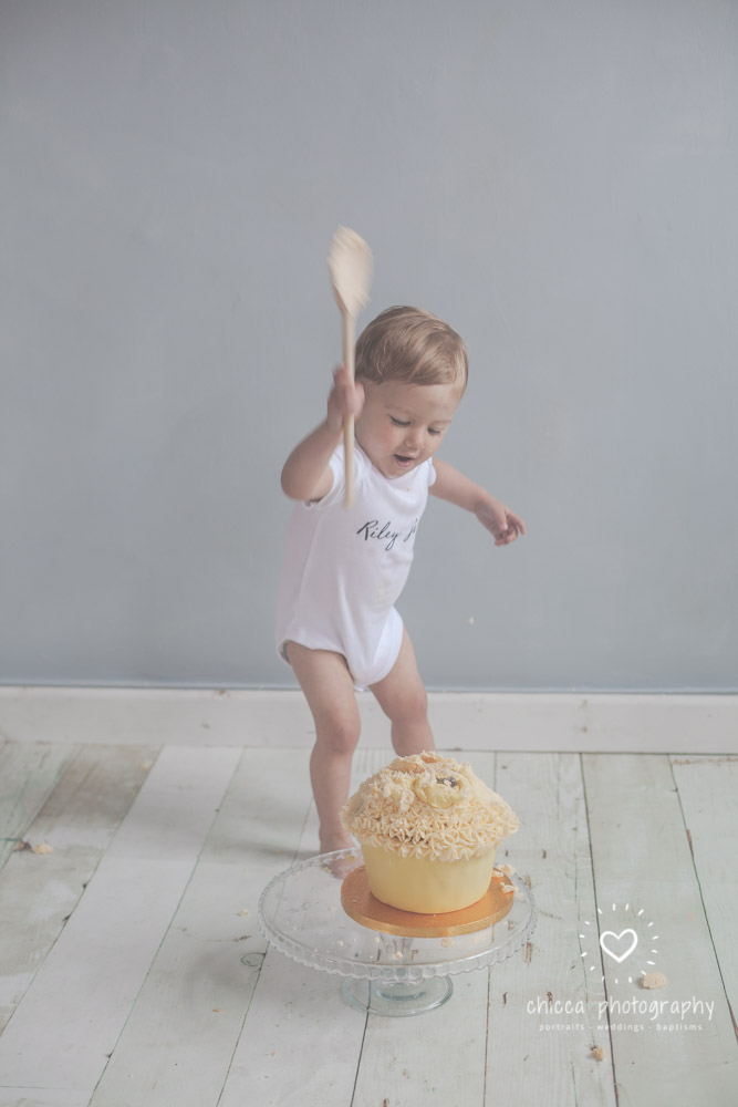 keighley-cake-smash-photo-shoot-bradford-skipton-chicca-19.jpg