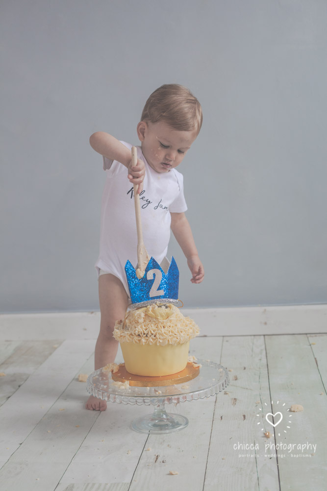 keighley-cake-smash-photo-shoot-bradford-skipton-chicca-23.jpg