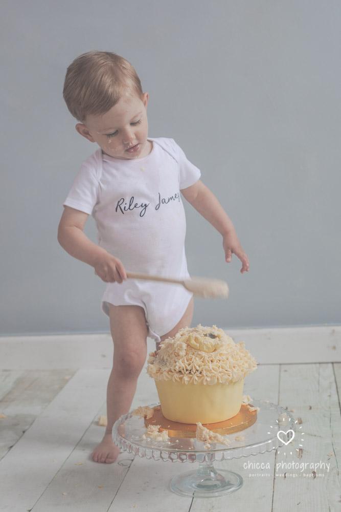 keighley-cake-smash-photo-shoot-bradford-skipton-chicca-25.jpg