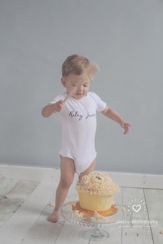 keighley-cake-smash-photo-shoot-bradford-skipton-chicca-26.jpg