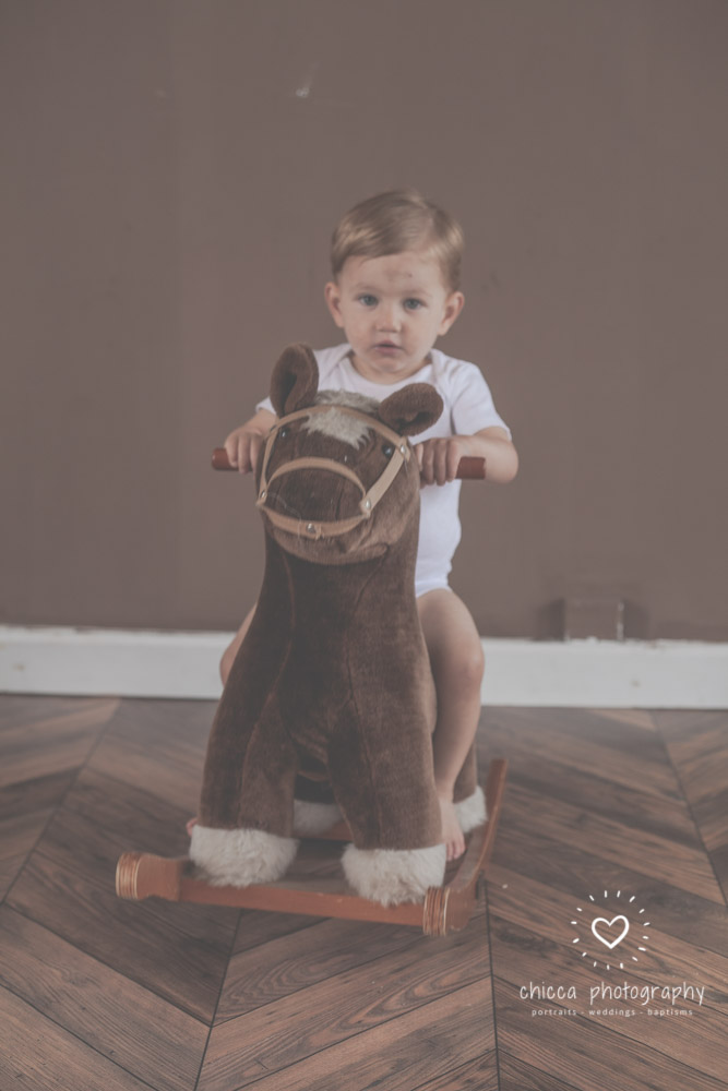 keighley-cake-smash-photo-shoot-bradford-skipton-chicca-37.jpg