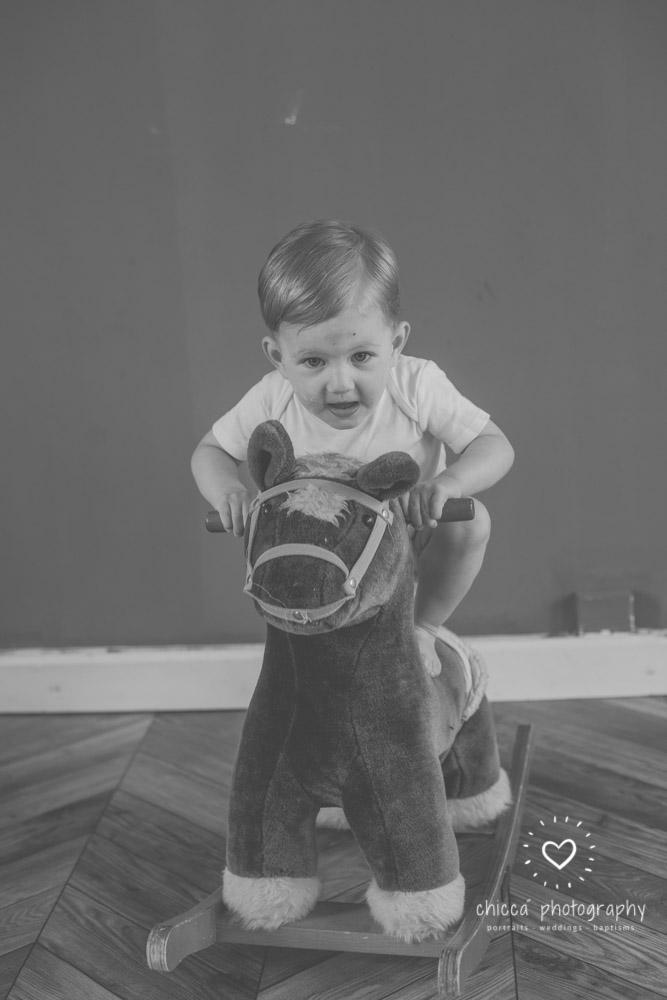 keighley-cake-smash-photo-shoot-bradford-skipton-chicca-38.jpg