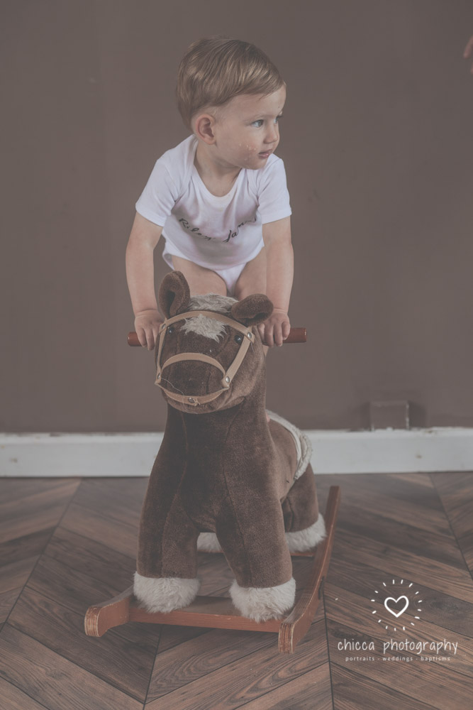 keighley-cake-smash-photo-shoot-bradford-skipton-chicca-39.jpg