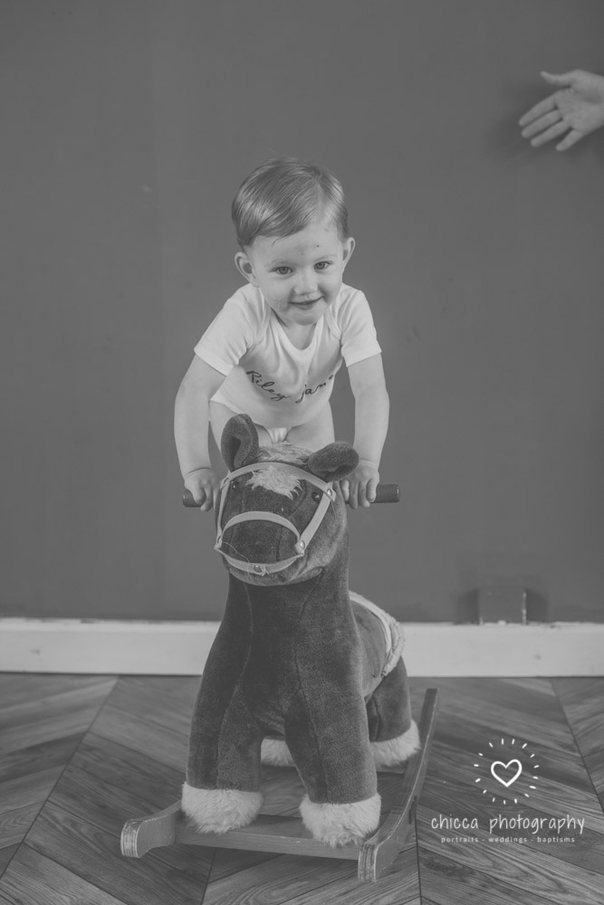 keighley-cake-smash-photo-shoot-bradford-skipton-chicca-40.jpg