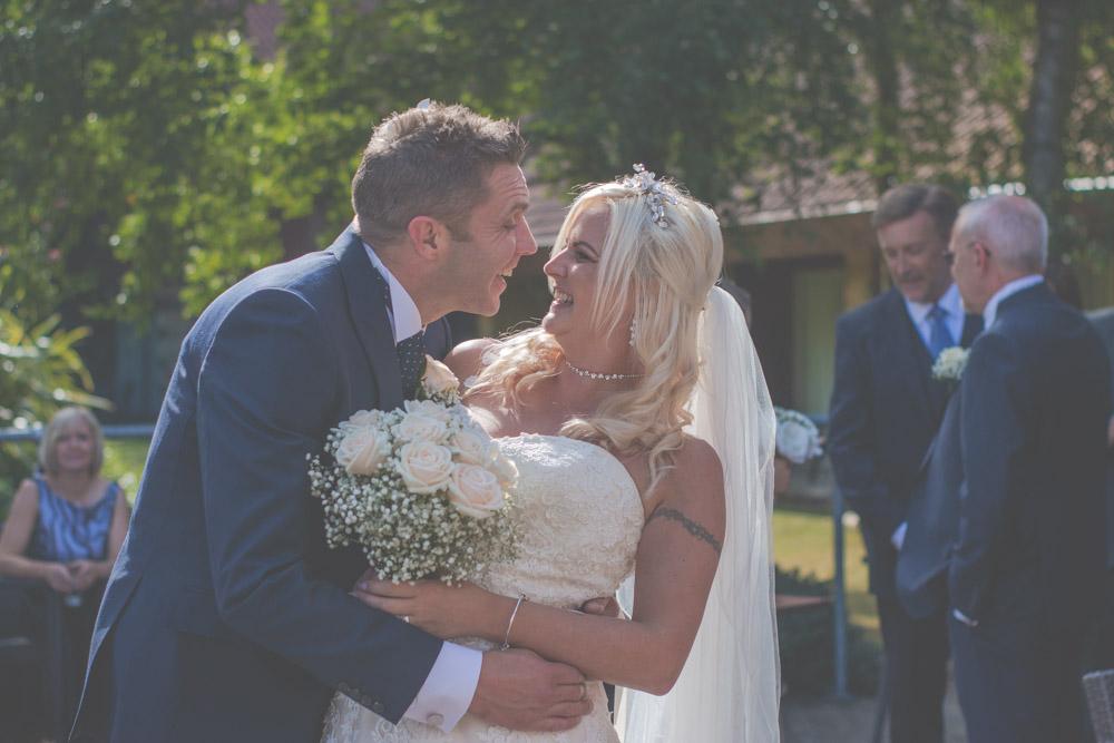 otley-chevin-lodge-wedding-leeds-bradford-photographer-chicca-54.jpg