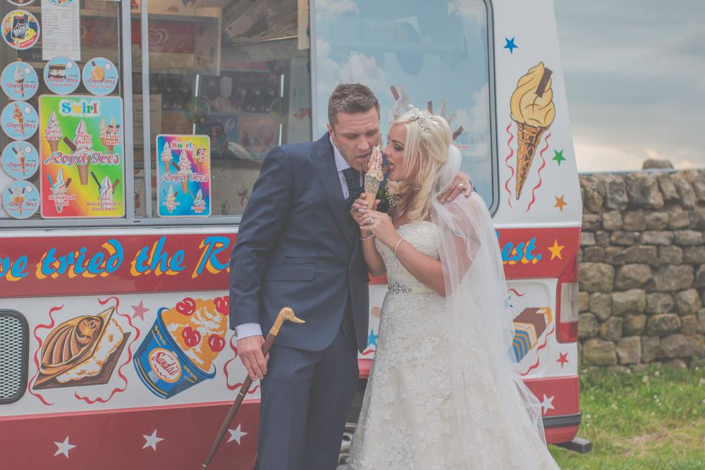 otley-chevin-lodge-wedding-leeds-bradford-photographer-chicca-75.jpg