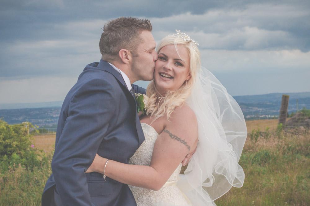 otley-chevin-lodge-wedding-leeds-bradford-photographer-chicca-80.jpg