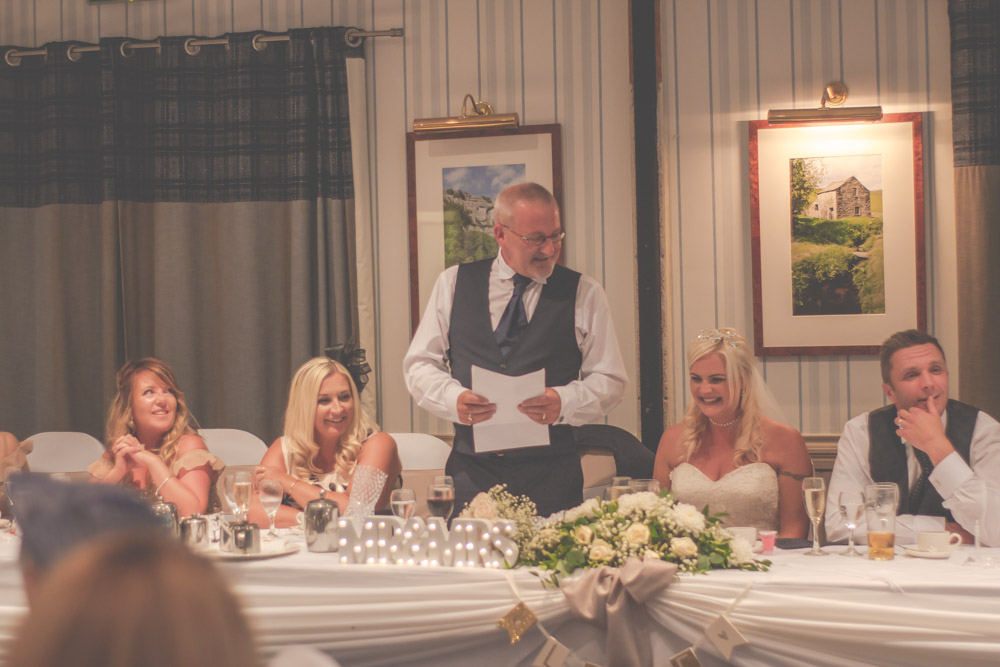 otley-chevin-lodge-wedding-leeds-bradford-photographer-chicca-65.jpg